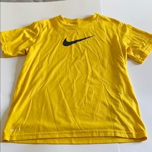 Perfect condition!! Only 3!!!! Boys Nike shirt!!